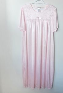 Vintage Pink Nightgown w/ Embroidery
